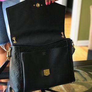 150df1ffafa6 Louis Vuitton Bags - 💯Authentic LOUIS VUITTON Blanche MM Black
